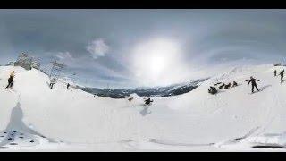 VRカメラ撮影された スノーボードとフリースキーのVR動画