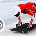 うつ伏せの状態でソリに乗りスピード競うウィンタースポーツ スケルトンのVR動画